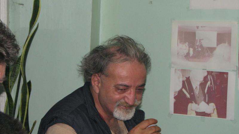 Ionel Ciupureanu s-a îmbătat şi a vărsat toată cafeaua, motiv s-o şterg de acolo în prima cafenea cu Mircea Liviu Goga