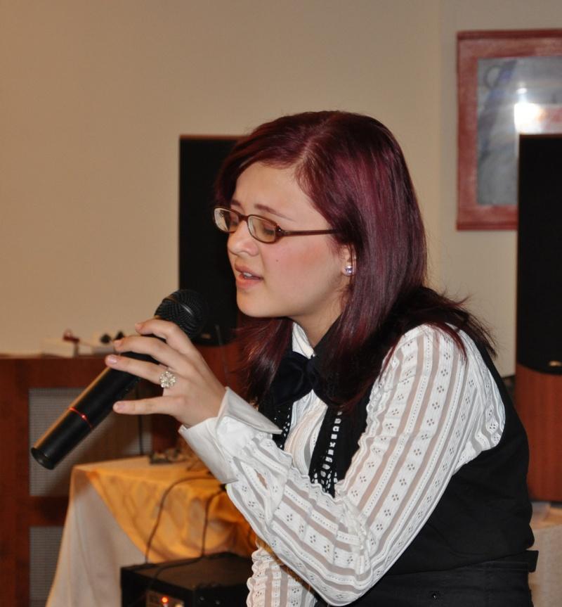 Adriana Muscă, vocea care a fermecat participanţii la masa festivă