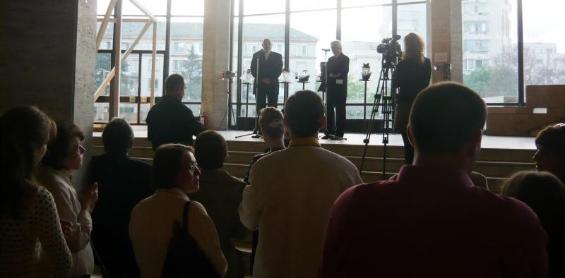 Mircea Cornişteanu şi Emil Boroghină dând startul festivalului Shakespeare