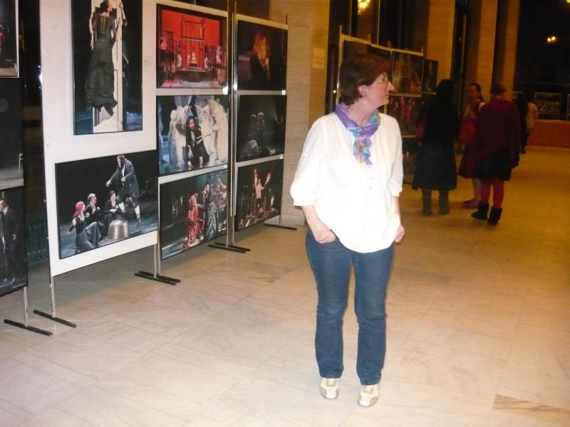 Expoziţie cu fotografii din ediţiile trecute ale festivalului