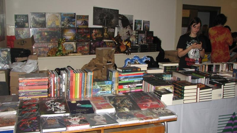 Cărţi, albume, jocuri, marote...