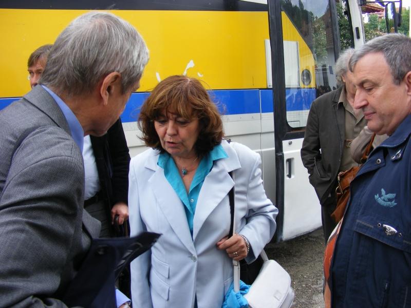 De la stânga la dreapta: Ion Pop, Ana Blandiana şi Spiridon Popescu