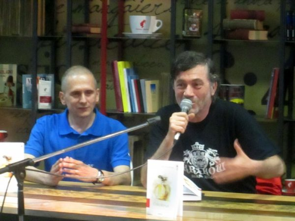 Cornel Mihai Ungureanu, prezentat de editorul Liviu Antonesei.