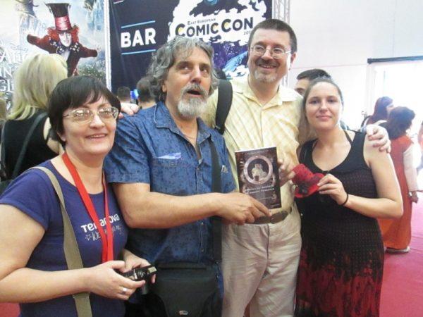 Poză de grup: Cristina Ghidoveanu, Marian Mirescu, Florin Pîtea, Andreea Sterea