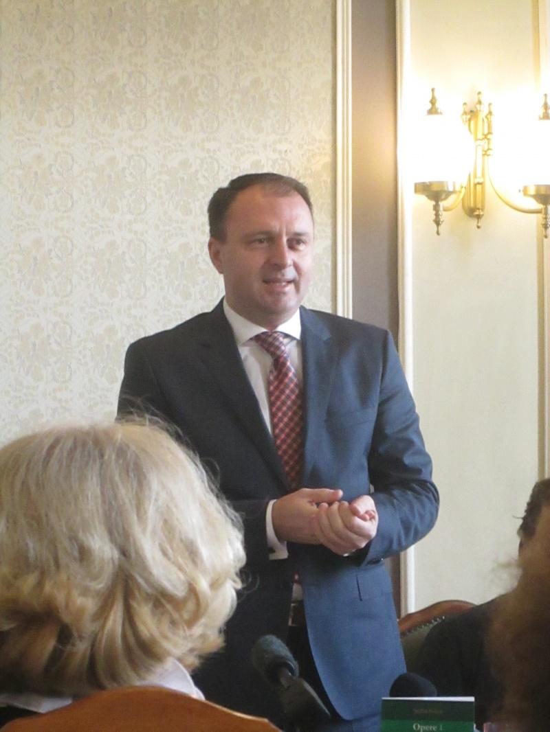 Secretarul general al ICR - Cristian Petcu