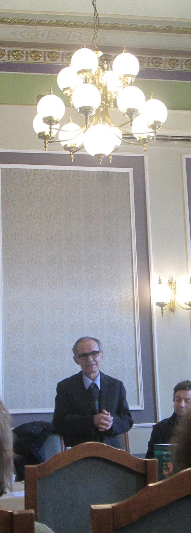 Moderatorul manifestării - conf. univ. George Popescu (Universitatea din Craiova)