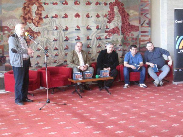 Editorul Nicolae Marinescu, încercând descifrarea dilemei Zisu