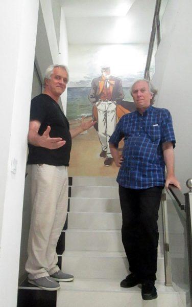 Cu Corto Maltese, pictat pe unul din pereţii hotelului.
