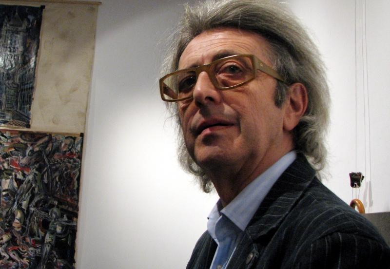 Cătălin Davidescu, prezentatorul de casă al artistului