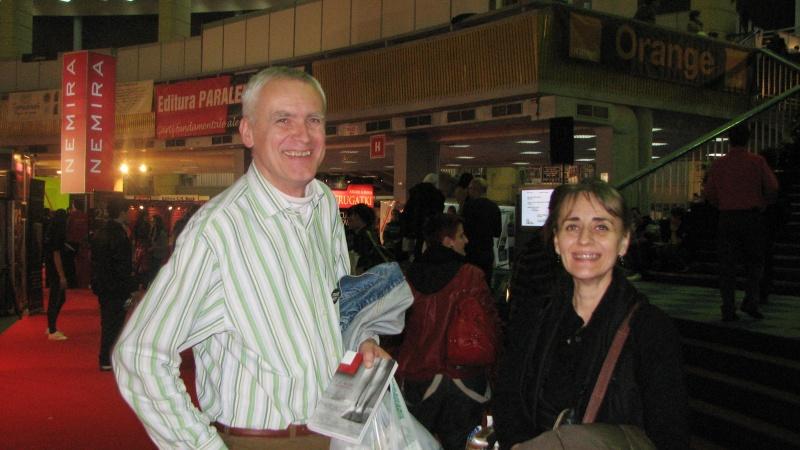 Nimeni altul decât Marius Dobrin cu care mă întâlnesc la fiecare târg de carte!