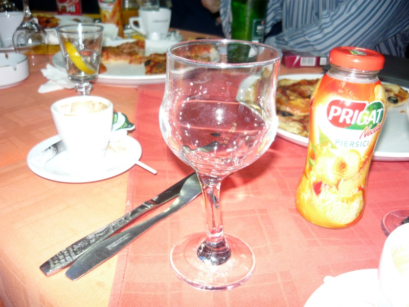 Efectul consumului de alcool, combinat cu elemente tehnice şi de ficţiune, asupra formei realităţii