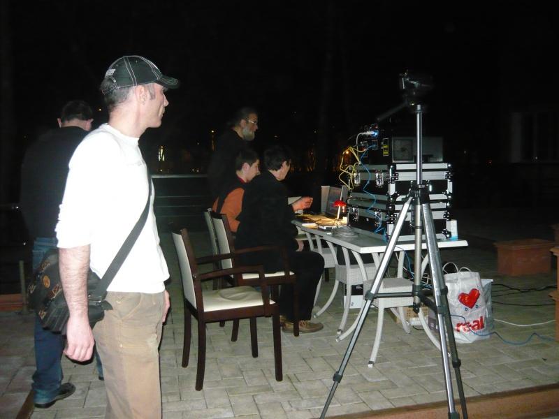 Recuzita tehnică a spectacolului de laser semnat Adrian Bancu. În prim-plan: Adrian Chifu