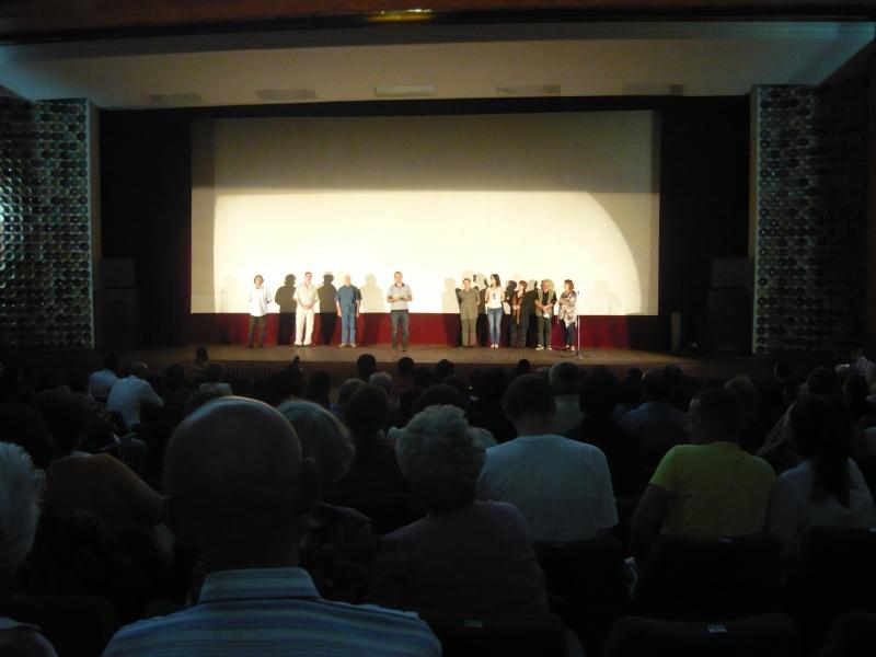 Craiovenii din film în faţa craiovenilor